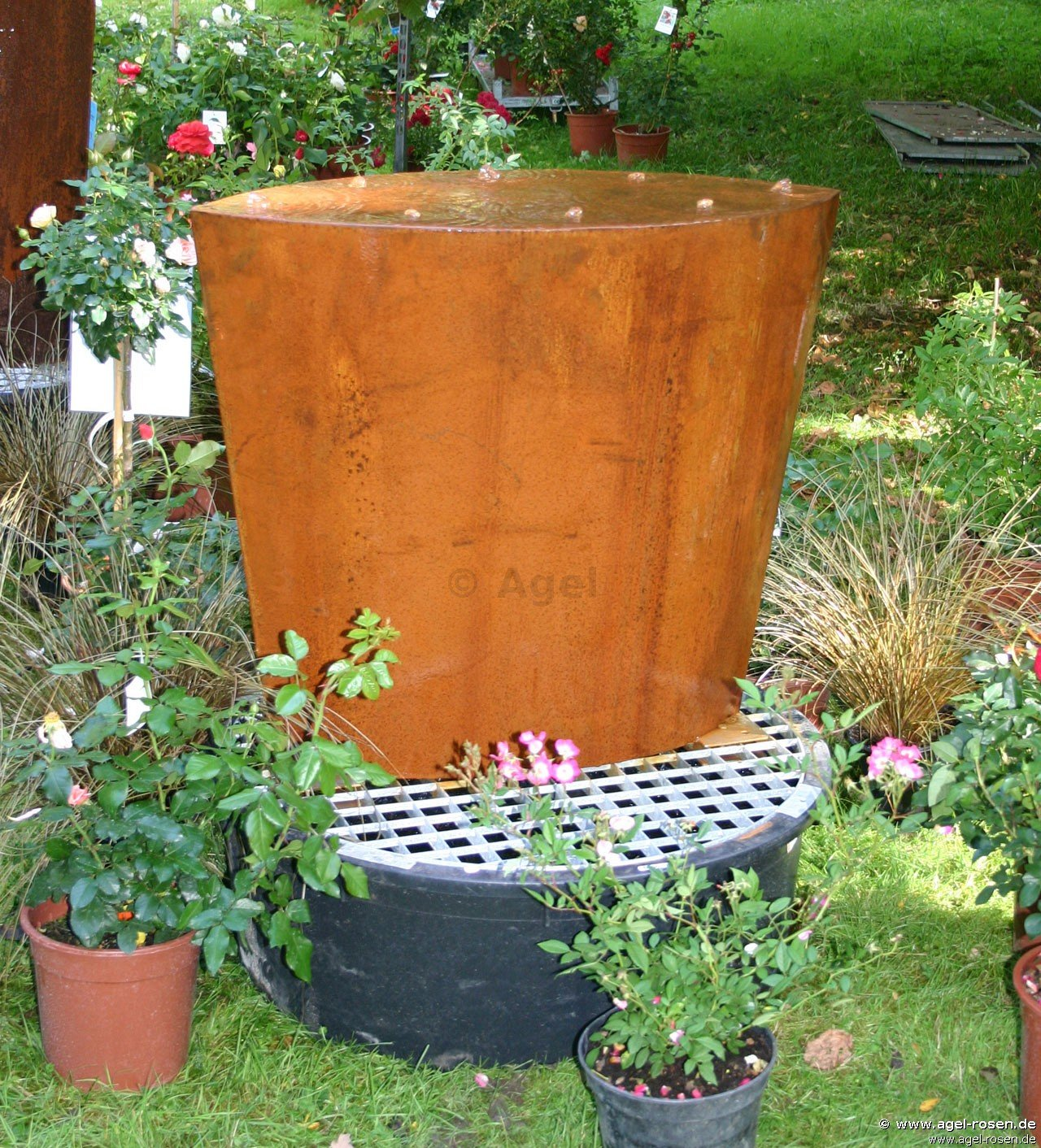 Buy brunnen corten stahl trapez breit online at agel rosen for Garden accessories online