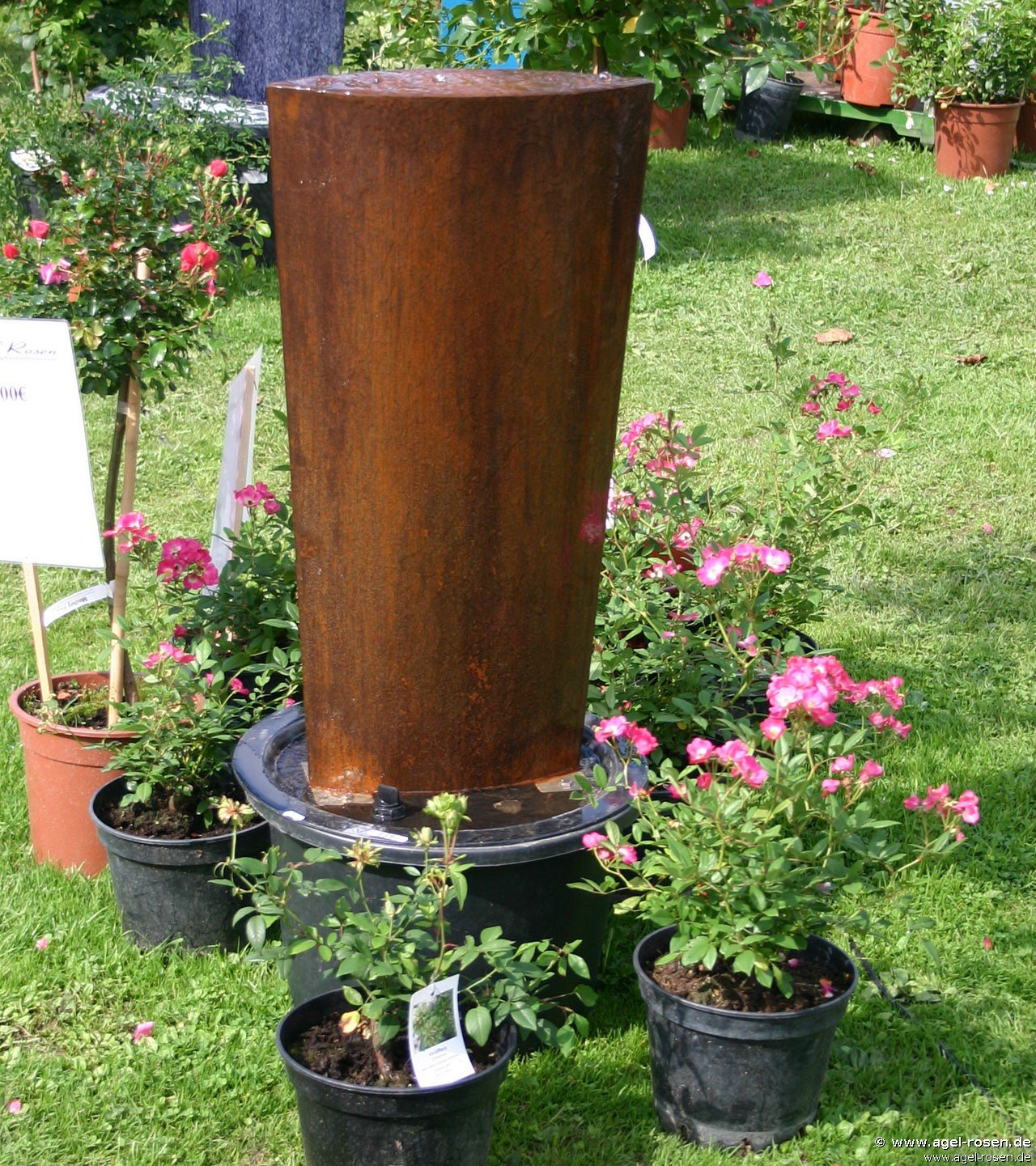 Buy brunnen corten stahl trapez hoch online at agel rosen for Garden accessories online